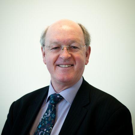 Richard Wills profile shot