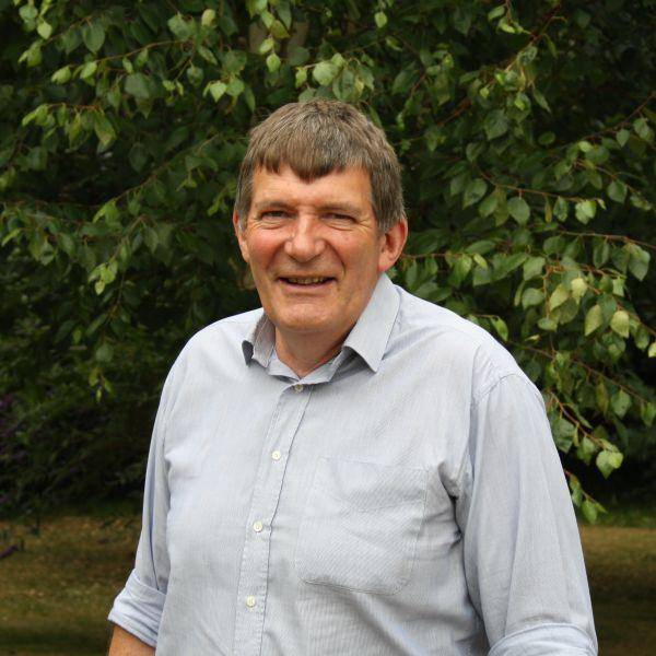 Cllr Oliver Hemsley profile shot