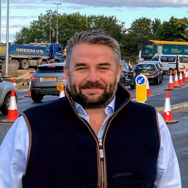 Cllr Richard Davies profile shot